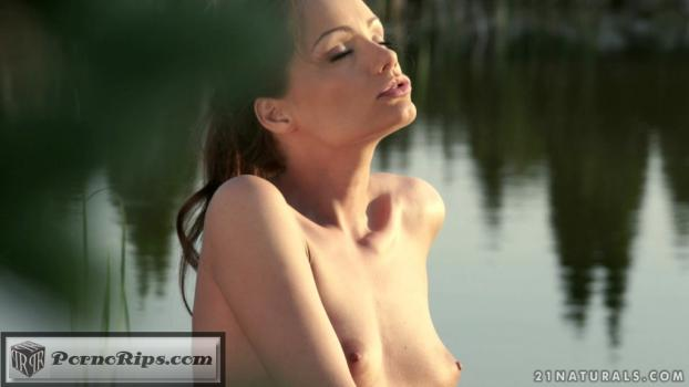 28923408_21naturals-15-07-24-sophie-lynx-witness-the-pleasure-mp4_cover1.jpg